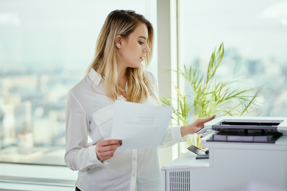 Business woman using Rental printers in New York